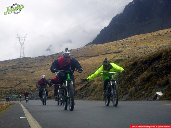 south-american-epic-2015-tour-tda-global-cycling-magrelas-cycletours-cicloturismo-the-death-road-estrada-da-morte-000047