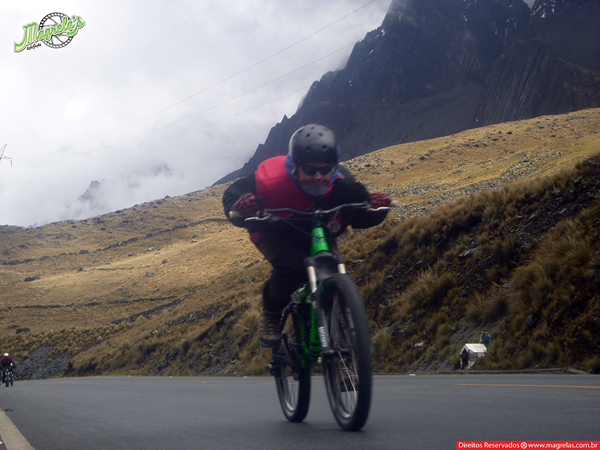 south-american-epic-2015-tour-tda-global-cycling-magrelas-cycletours-cicloturismo-the-death-road-estrada-da-morte-000049
