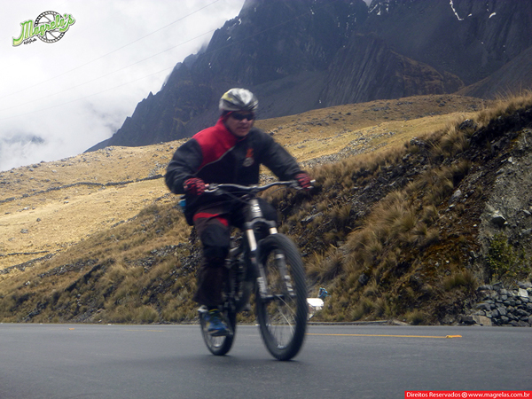 south-american-epic-2015-tour-tda-global-cycling-magrelas-cycletours-cicloturismo-the-death-road-estrada-da-morte-000053
