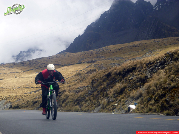 south-american-epic-2015-tour-tda-global-cycling-magrelas-cycletours-cicloturismo-the-death-road-estrada-da-morte-000056