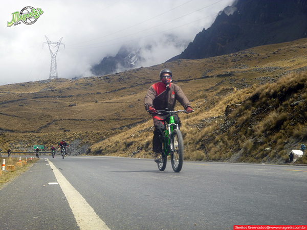 south-american-epic-2015-tour-tda-global-cycling-magrelas-cycletours-cicloturismo-the-death-road-estrada-da-morte-000059