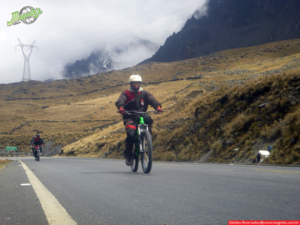 south-american-epic-2015-tour-tda-global-cycling-magrelas-cycletours-cicloturismo-the-death-road-estrada-da-morte-000062