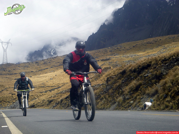 south-american-epic-2015-tour-tda-global-cycling-magrelas-cycletours-cicloturismo-the-death-road-estrada-da-morte-000063