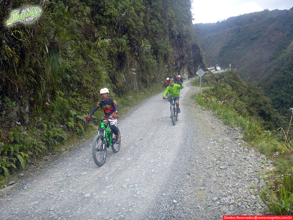 south-american-epic-2015-tour-tda-global-cycling-magrelas-cycletours-cicloturismo-the-death-road-estrada-da-morte-000097