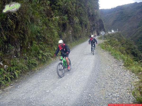 south-american-epic-2015-tour-tda-global-cycling-magrelas-cycletours-cicloturismo-the-death-road-estrada-da-morte-000099