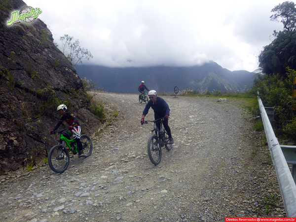south-american-epic-2015-tour-tda-global-cycling-magrelas-cycletours-cicloturismo-the-death-road-estrada-da-morte-000147