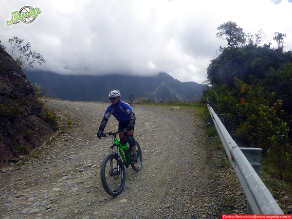 south-american-epic-2015-tour-tda-global-cycling-magrelas-cycletours-cicloturismo-the-death-road-estrada-da-morte-000152