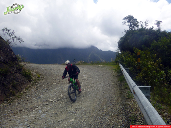 south-american-epic-2015-tour-tda-global-cycling-magrelas-cycletours-cicloturismo-the-death-road-estrada-da-morte-000154