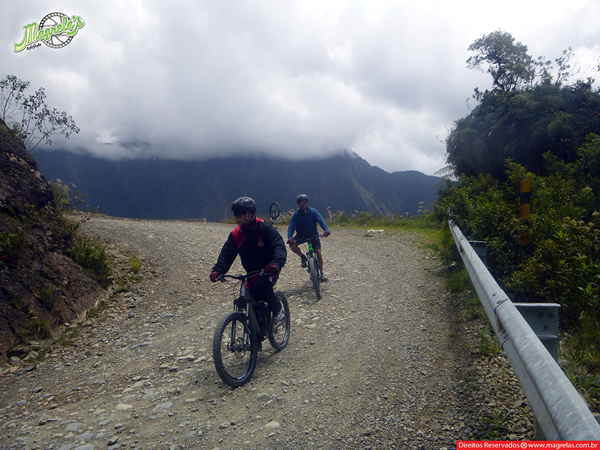 south-american-epic-2015-tour-tda-global-cycling-magrelas-cycletours-cicloturismo-the-death-road-estrada-da-morte-000159