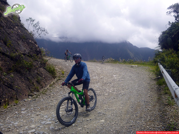 south-american-epic-2015-tour-tda-global-cycling-magrelas-cycletours-cicloturismo-the-death-road-estrada-da-morte-000160