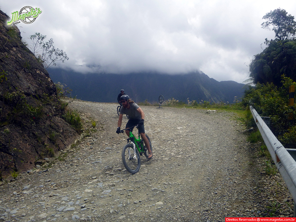 south-american-epic-2015-tour-tda-global-cycling-magrelas-cycletours-cicloturismo-the-death-road-estrada-da-morte-000161