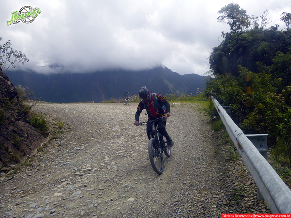 south-american-epic-2015-tour-tda-global-cycling-magrelas-cycletours-cicloturismo-the-death-road-estrada-da-morte-000163