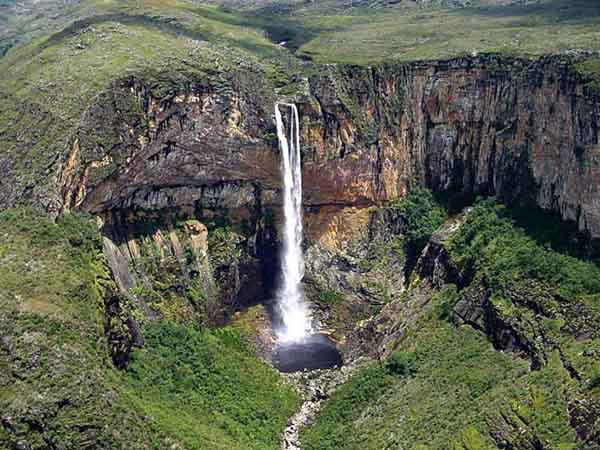 cachoeira-do-tabuleiro600px