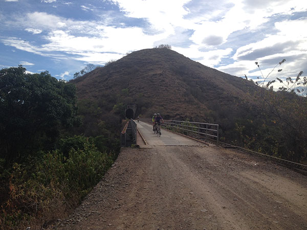 south-american-epic-2015-tour-tda-global-cycling-magrelas-cycletours-cicloturismo-000647