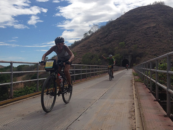 south-american-epic-2015-tour-tda-global-cycling-magrelas-cycletours-cicloturismo-000680