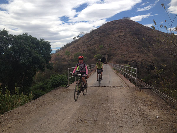 south-american-epic-2015-tour-tda-global-cycling-magrelas-cycletours-cicloturismo-000699